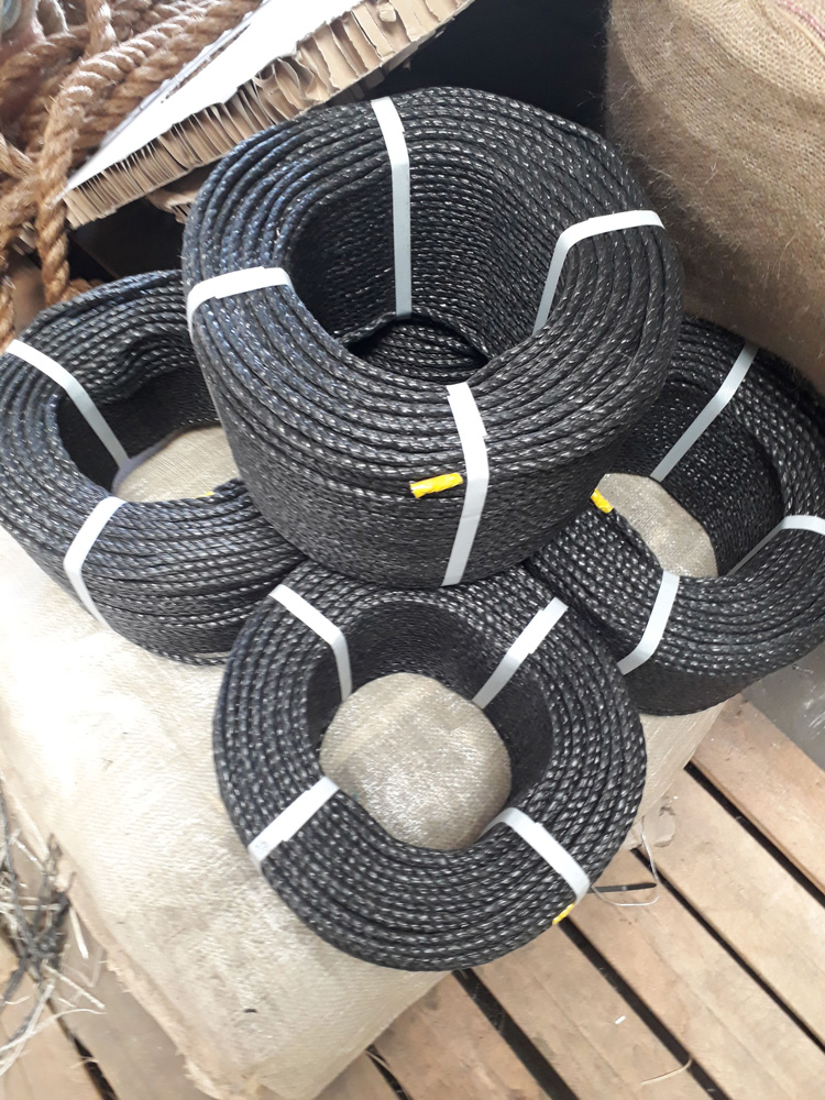 black-polypropylene-rope